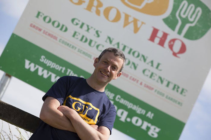 A taste for growing his own garden show ireland garden show ireland we are really excited to be welcoming michael kelly founder of grow it yourself ireland to the allianz garden show ireland michael will be giving talks solutioingenieria Images