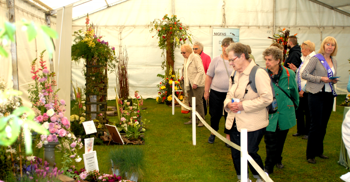Magic Moments in the Floral Display Pavilion!